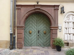 Krakov, portály (18) (ladabar) Tags: portal kraków cracow cracovia krakau krakov portál