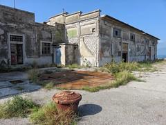 Trieste, Porto Vecchio (Massanz) Tags: portovecchio trieste porto magazzino 29 20 port ancient old rottenplace abandoned archeologiaindustriale graffitistreet