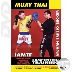 dvd-muay-thai-competition-training (Budo International) Tags: martialarts selfdefense combat artsmartiaux selfdfense kampfkunst kampfsport kampfknste kampfsportarten selbstverteidigung artimarziali autodifesa difesapersonale combattimento artesmarcialesdefensa personalautodefensacombateartes marciaisdefesa pessoal muaythai muayboran muaythaiboran thaiboxing artesmarciales defensapersonal autodefensa combate artesmarciais defesapessoal