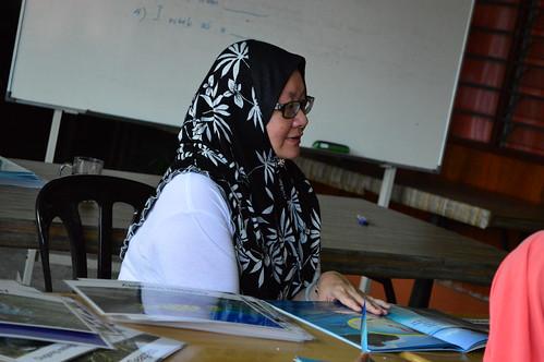 Dr. Nurul Teaching English (2)