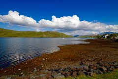 #AM Loch Harport at Carbost (rustyruth1959) Tags: nikon nikond3200 sigma1020mm scotland isleofskye skye carbost lochharport loch water landscape hills thecuiliins scenery outdoor clouds sky blue seaweed rocks village grass boat ripples building green brown