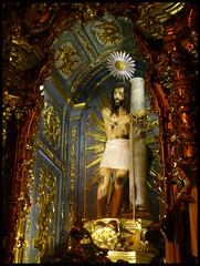 Porto - Igreja de N. S. do Carmo (abudulla.saheem) Tags: portugal lumix jesus panasonic porto tied bruises amarrado ruadocarmo gefesselt abudullasaheem igrejadensdocarmo contusões dmctz31 prellungen