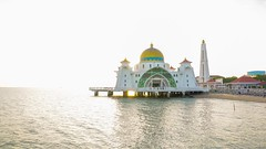 masjid selat melaka (ishonenawi) Tags: travel blue sunset sky holiday building timelapse muslim islam mosque
