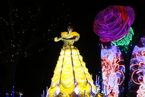 "Belle in the Paint the Night Parade • <a style=""font-size:0.8em;"" href=""http://www.flickr.com/photos/28558260@N04/20688892405/"" target=""_blank"">View on Flickr</a>"