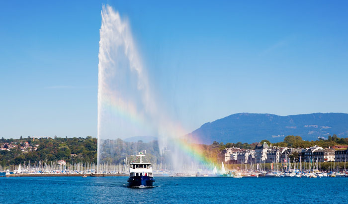 Lake-Geneva-Jet-DEau