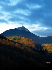 Puy-de-Dome Volcanoe Auvergne (ManuDomp'S) Tags: voyage travel france nature animal landscape volcano trails unesco lonelyplanet paysage arbre paysages auvergne nouveaumonde 2016 newworld cantal puydedome chainedespuys auvergnenouveaumonde emmanueldomps