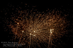 Bicester Round Table Annual Fireworks Display 2015 (Peter Greenway) Tags: field night table display fireworks firework celebration bonfire round annual explosions roundtable bonfirenight bicester fireworkdisplay pingle pinglefield pinglefieldbonfirefireworks bicesterroundtable