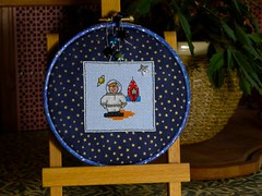 Astronaut (GATACA1952) Tags: embroidery hoops space astronaut spaceman rocket mouseloft craft handmade decorations crossstitch kreinik star silver button