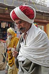 Red Turban... (mehtasunil) Tags: travel winter farmer turban pushkar rajasthan indiapictures pushkarfair leicalens redturban leicaq