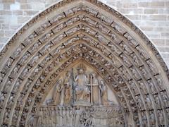 Cathdrale Notre Dame de Paris (DaveKav) Tags: paris france olympus notredame cathdrale cathdralenotredamedeparis
