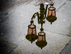 Rainy Venice (fotomanni.de) Tags: italien laterne venedig spiegelung
