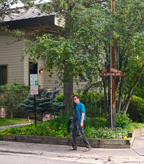 David at Hyman & First (tacosnachosburritos) Tags: aspen colorado co thestreets street photography man guy boy girl woman chick lady town rocky mountain high elevation wealthy rich resort
