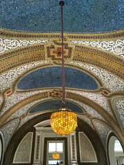 Tiffany Glass Ceiling, Marshall Field's (Rebecca Ellen) Tags: chicago tiffanyglassceiling marshallfields