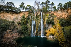 La Cascade de Sillans (Tiomax80) Tags: cascade cascades sillanslacascade sillans paca cote dazure french riviera var france nature landscape green fall automn yellow water waterfall waterfalls falls slow motion long exposure varois sud south 14mm samyang d610 nikon tiomax tiomax80 aups provence verte provenceverte frenchriviera automne longexposure