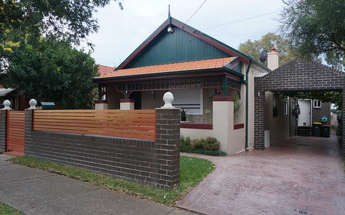 4 chelmsford ave, Belmore NSW 2192