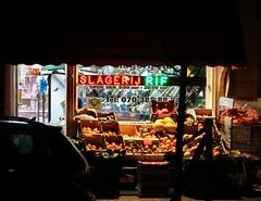 slagerij RIF (Gerard Stolk ( vers l'anniversaire)) Tags: thehague lahaye haag denhaag slagerij rif stationsweg