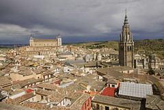 "Toledo • <a style=""font-size:0.8em;"" href=""http://www.flickr.com/photos/45090765@N05/30701373416/"" target=""_blank"">View on Flickr</a>"