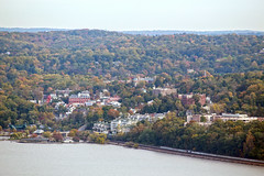 IMG_9491 (dougschneiderphoto) Tags: fall autumn usa ny newyork westchester county view vista rivertowns hudson river across dobbsferry village palisadesinterstatepark statelinelookout