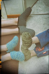 Vintage slippers (-pops83-) Tags: 7dwf crazytuesdaytheme vintageedition crochet slippers