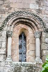 Santa Maria de l'Estany (Catalogne/Espagne) (PierreG_09) Tags: église fenêtre espagne catalogne spain españa espanya cataluña catalunya santamariadelestany monastère monestir lestany santamaria