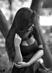 Adriana (kant53) Tags: modella monocromo ragazza ritratto portrait posa piercing esterno lucenaturale bw biancoenero