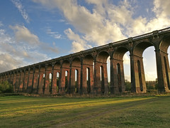 Those lofty arches stand at lonely Balcombe (sagesolar) Tags: viaduct balcombe green sunset bridge structure brick evening autumn oneplus light balcombeviaduct eastsussex mobilephotography goldenhour shadow