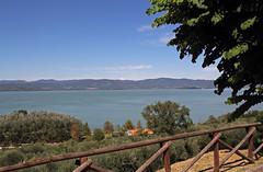 Panorama da Castiglione del Lago - View from Castiglione del Lago (Bluesky71) Tags: castiglionedellago lagotrasimeno lago lake trasimeno umbria tuoro tuorosultrasimeno isolamaggiore isolaminore bellitalia