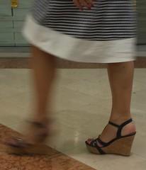 Street feet (346) (♠I Love Feet & Shoes♠) Tags: street sexy feet stockings pie shoes highheels sandals tights lingerie heels pés huf hoof bas pieds mules pantyhose schuhe casco piedi meias medias scarpe sandalias chaussures sapatos sandálias zapatillas sandalen ноги sandales чулки sabot sandali πόδια strümpfe ботинок παπούτσια туфля calcanhares каблуки füse σανδάλια κάλτσεσ копыто сандалий οπλή