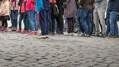 _9120065 Saturday queuing.jpg (JorunT) Tags: oslo 2015 turister akershusfestning nasjonal fotovandring
