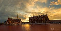 Wat That Choeng Chum,Sakon nakhon,Thailand (Sutipond Somnam) Tags: city travel blue light sunset summer panorama india building church water architecture clouds thailand temple asia buddha faith religion buddhism thai faithful nakhon sakon