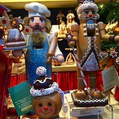 Kthe Wohlfahrts Baker & Gingerbread Men (Nancy D. Brown) Tags: germany christmasmarket rothenburgobdertauber vikingrivercruise kthewohlfahrt instagram