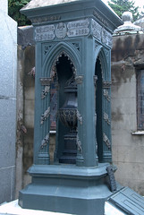 Blue Urn and mausoleum of a soldier (VinayakH) Tags: tombs tomb recoletacemetery recoleta larecoletacemetery cemetery buenosaires graves argentina latinamerica southamerica mausoleum artnouveau artdeco neogothic baroque architecture