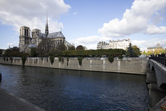 Notre Dame Cathedral (sdwimage) Tags: notredame cathedral quartiersaintvictorparisiledefrance riverseine paris france