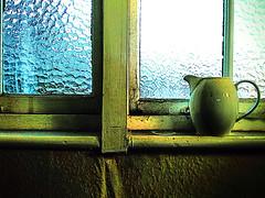 "Other peoples junk ! (CJS*64 ""Man with a camera"") Tags: jug green crockery samsung samsungj3 j3 leftbehind cjs64 craigsunter cjs junk window abstract"