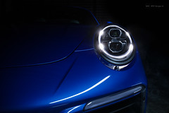 Targa in detail (Mo Lights) Tags: detail detailing sportscar porsche blue lightpainting automotivephotography automobil automotive night light 911 targa
