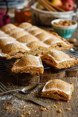 IMG_2551_exp-2 (Helena / Rico sin Azcar) Tags: empanada bizcocho apple pie manzana food postre dessert frutossecos