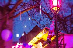 Pink Christkindlmarkt, Mnchen, 2016 (cinquantacinque) Tags: mnchen christkindlesmarkt weihnachtsmarkt christmas market pink rosa unconventional lensbaby composerpro lensbabycomposerpro nikon5100