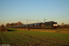 Bsinghoven, 29.11.16, MRCE 189 098 mit Getreidezug Ri. Neuss (Andreas Beeck) Tags: meerbusch bsinghoven krefeld mrce siemens eurosprinter 189 locon getreide