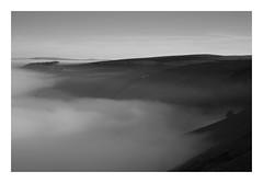Castleton 2 - 261116 FRAMED (simonknightphotography) Tags: derbyshire peak district national park castleton winnit pass cloud inversion landscape