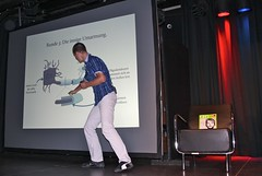 "2. Science Slam Karlsruhe • <a style=""font-size:0.8em;"" href=""http://www.flickr.com/photos/134851782@N05/20173368503/"" target=""_blank"">View on Flickr</a>"