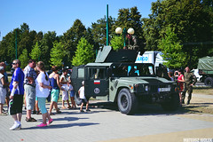 DSC_0711 (Mateusz Woek) Tags: black car truck soldier army mercedes benz tank polish august limo mercedesbenz kit hummer h1 h2 humvee kitcar tatra tychy 2015 t34 polskiego wito czog sierpie wojska onierz spadochroniarz