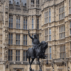 The Return of the King (RECTANGULAR ART) Tags: uk greatbritain windows england sculpture horse london art english monument westminster statue wall architecture king unitedkingdom britain housesofparliament parliament sword walls neogothic equestrianstatue palaceofwestminster lionheart britishparliament gothicrevival richardthelionheart richardi westminsterpalace victoriangothic gothicrevivalarchitecture marochetti carlomarochetti parliamentoftheunitedkingdom westminsterparliament