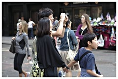 Family Sghtseeing Times Square (sjnnyny) Tags: family tourism sightseeing timessquare citystreet 42street stevenj tripphotography sjnnyny pentaxk3tamron2875f28lens