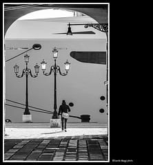 streetlights (magicoda) Tags: street venice shadow sea people blackandwhite bw italy woman sun white black water panties backlight bag see boat donna nikon italia ship foto streetlights candid patterns ombra panty curioso tourist bn ombre persone nave thong voyeur wife upskirt fotografia vpl dslr sole venezia borsa nero biancoenero controluce lampione turisti seethru turista nofeet veneto d300 2015 vedere perizoma turists blackwhitephotos turiste streetphotografy nocouple magicoda davidemaggi maggidavide nobarefoot