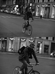 [La Mia Citt][Pedala] (Urca) Tags: milano italia 2016 bicicletta pedalare ciclista ritrattostradale portrait dittico bicycle bike biancoenero blackandwhite bn bw nikondigitale mir 889110