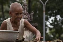 Monja Budista (Egg2704) Tags: camboya cambodia retrato retratos monja budista monjabudista budismo egg2704 ព្រះរាជាណាចក្រកម្ពុជា