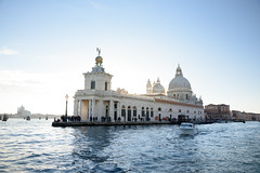 Venice - Punta della Dogana & Santa Maria della Salute (bautisterias) Tags: italy italia venice venezia sunset water venetian sea canal sun light new autumn sunny sunlight sunbeam bright boat acqua luce venedig tramonto