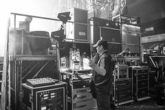 #Repost #Shinedown: Mr. @sparkyzgtr politely saying... IM BUSY!!! Photo by @larnlg (ShinedownsNation) Tags: shinedown nation shinedowns zach myers brent smith eric bass barry kerch