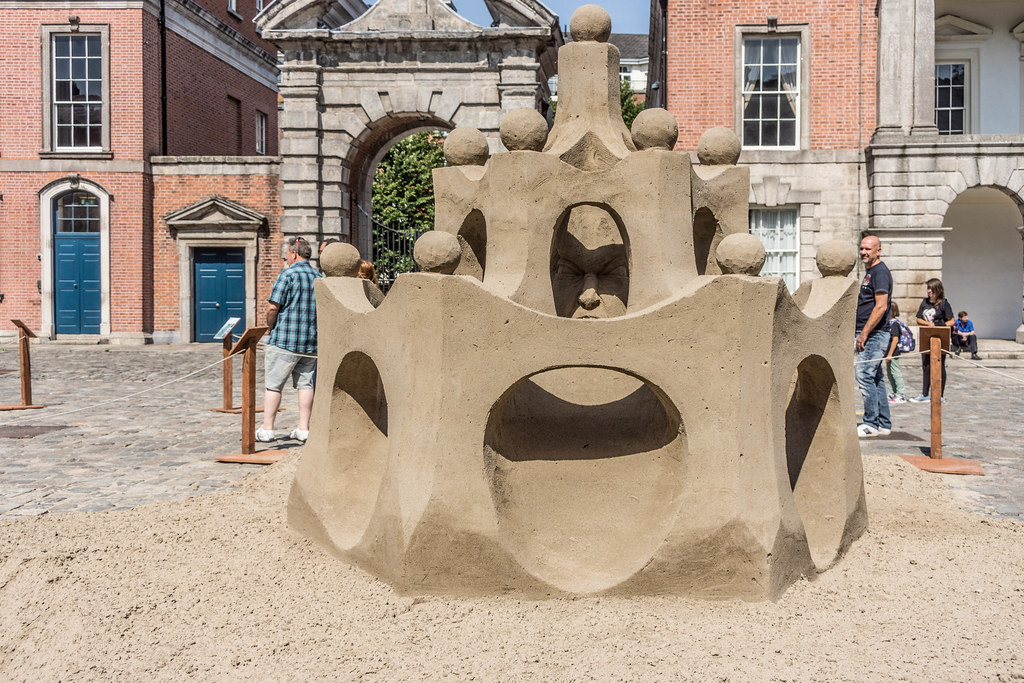 SAND SCULPTURES AT DUBLIN CASTLE [EMOTIONAL STATES] REF-107062