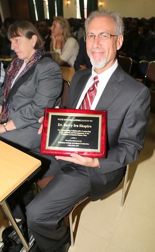 Barry Shapiro with his award